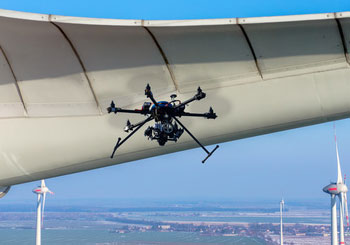 Drohnenversicherung und Bauformen von Drohnen